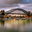 Sydney harbour Bridge by donnnnnny
