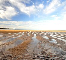 Low  Tide - Hervey Bay by Ken Jones