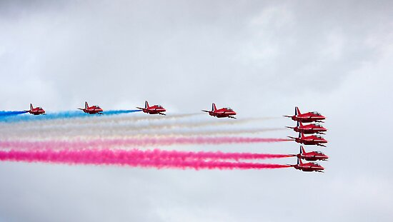 Red arrows 2010 a by SWEEPER