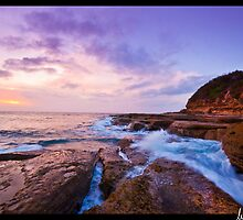 Morning Glow, Terrigal Rocks by Lever Photography