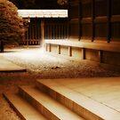 Temple in Tokyo by Laurent Hunziker
