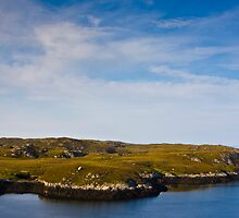 Coastal view from the old pier at Loch Skipport by Gabor Pozsgai