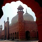 Badshahi Mosque  (2) by blackadder