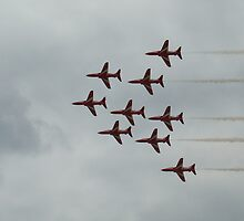 Red Arrows 3 by purpleminx