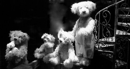 Paris - Teddy's family. by Jean-Luc Rollier