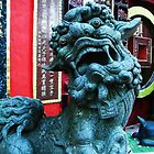 Dragon Statue - Entering the Temple, Repulse Bay by michaelajf
