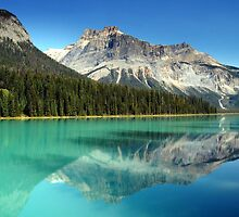 Emerald Lake by Adriano Santini