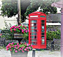 red telephone box by Joyce Knorz