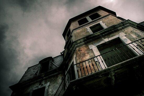 The manor #3 by Nicolas Noyes