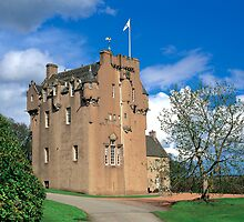 Crathes Castle by derekwallace