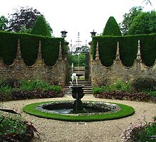 Athelhampton fountains, Dorset by Ian  Batchelor