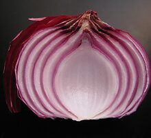 Red Onion by LindieRacz