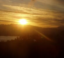 Sunrise over the Columbia River #13 by Dawna Morton