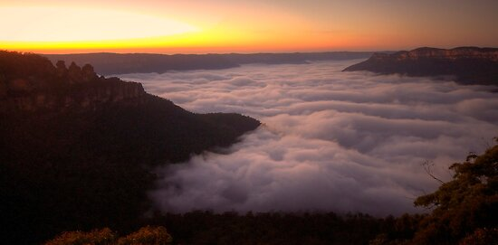 Cloud Surfing - Blue Mountains World Heritage Area, Sydney (15 Exposure HDR Panorama) - The HDR Experience by Philip Johnson