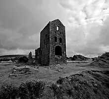Tin Mine Building on Bodmin Moor, Cornwall by JMChown