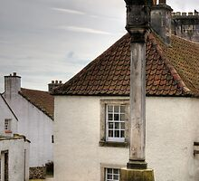 Culross Mercat Cross by Tom Gomez