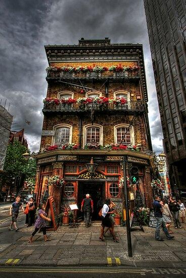No. 52 Victoria Street by Yhun Suarez
