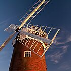 Horsey Windpump looking up by ArtforARMS