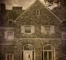 Hayfield House (East End) by Aaron Campbell