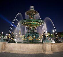 Fountain at Place de la Concorde, Paris by Alexander Davydov