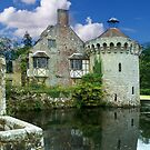 Scotney Castle in Late Summer by hootonles