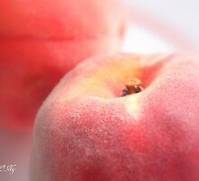 Peach 1 by aMOONy
