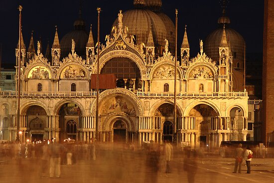 St Mark's Basilica by GeorgeBuxbaum