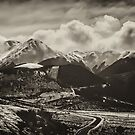 Road to the Mountains by Linda Cutche