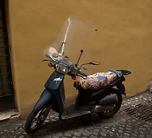 Scooter (Trastevere, Rome) by PleasureInc