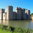 Bodiam Castle in Early September by hootonles