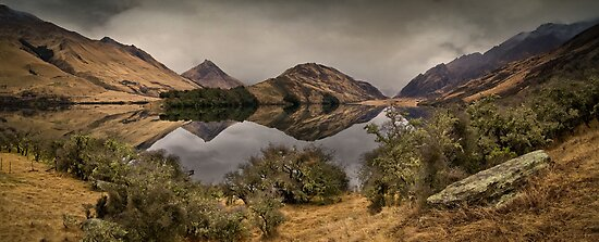 Moke Lake - Queenstown by Dean Mullin