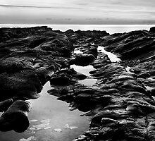 Shoalstone Sunrise 2 by scott leeson