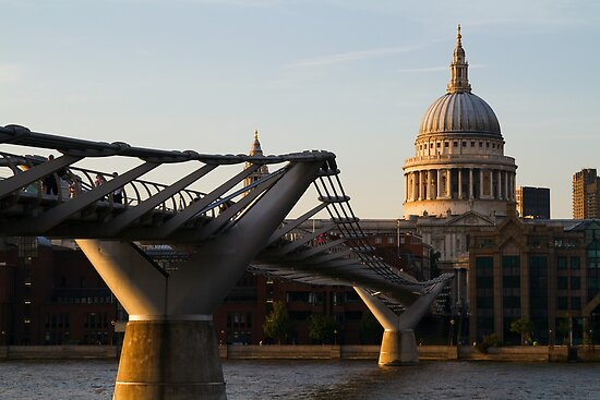 St Pauls Cathedral - London by Dev Wijewardane