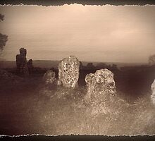 Henge of stones in Oxfordshire (#2 of 3) by GlennB