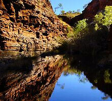 Hamersley Gorge, Karijini by Julia Harwood