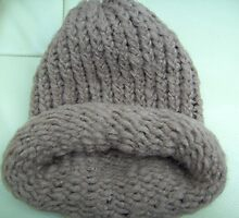 Wheat coloured woollen hat with adjustable brim by anaisnais