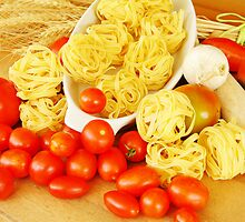 Pasta and tomato by silvie19
