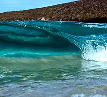 Mini Wave Wineglass Bay by andychiz