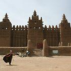 Man outside Djenne mosque by Valentina Silva
