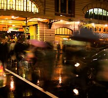 Flinders Street Rush by Andrew Brown