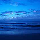 Blue beach by XStina