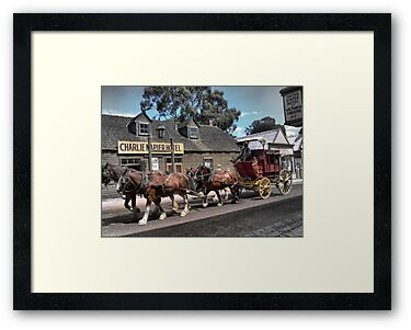 Cobb & Co at Sovereign Hill by Larry Lingard/Davis
