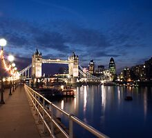 London - Tower Bridge by Shadavar