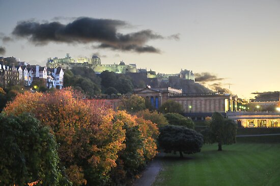 Dusk in Edinburgh by Peter Lusby Taylor