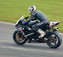Suzuki GSXR track bike by Martyn Franklin