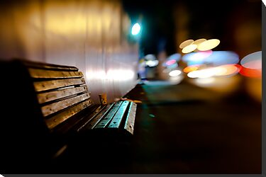 bench@night by Victor Bezrukov