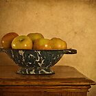 Colander with Apples by Suzanne Cummings
