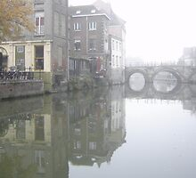 Mist on Dijle River by Yonmei