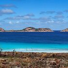 Lucky Bay, Cape Le Grand National Park by Eve Parry