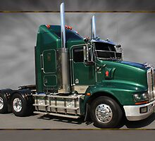 T408 Kenworth by Keith Hawley